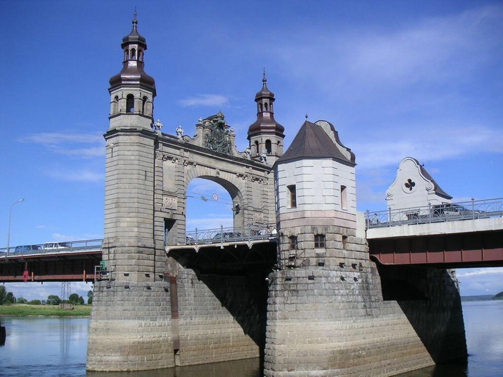 Мост королевы Луизы, фото с сайта sovetsk39.ru
