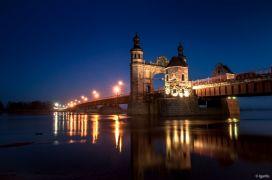 мост Луизы, ночью
